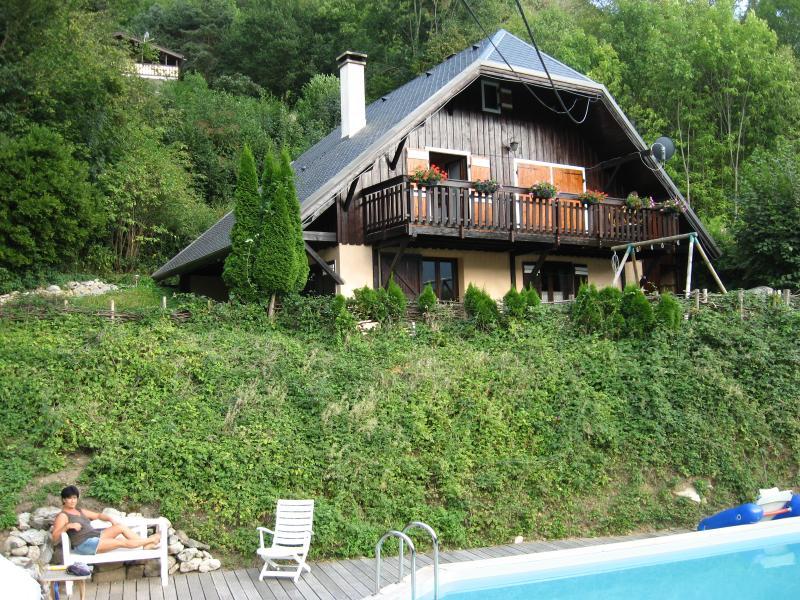 Large apartement in chalet, Le Maurienne, Savoie, casa vacanza a Saint-Etienne-de-Cuines