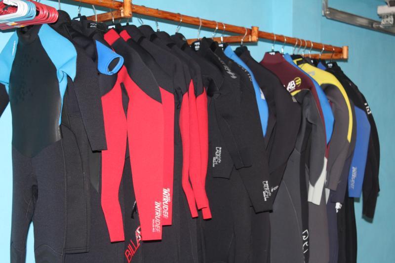 wet suit room