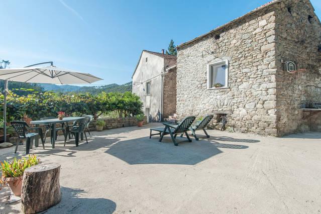 PODERE MEMOLANDIA Cinque Terre, holiday rental in Beverino