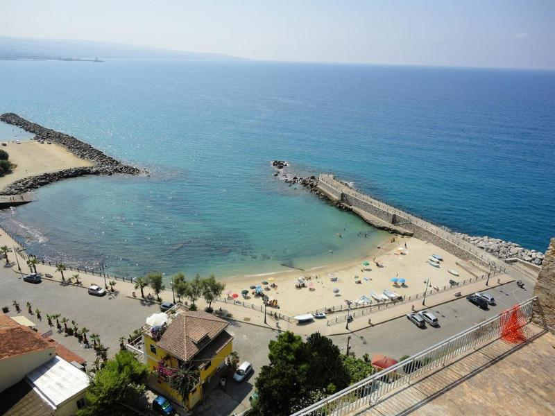 Beautiful Holiday Apartment  Pizzo Calabria, Ferienwohnung in Pizzo