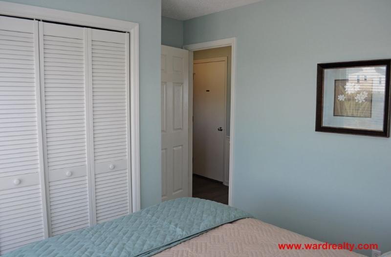 1st Floor Queen Bedroom II