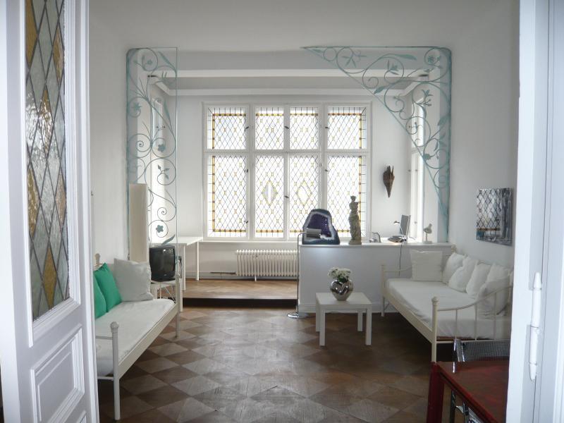Wohnzimmer_livingroom_Kaminzimmer