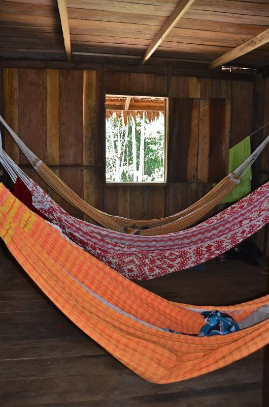 hammocks, perfect for sleeping in the jungle method