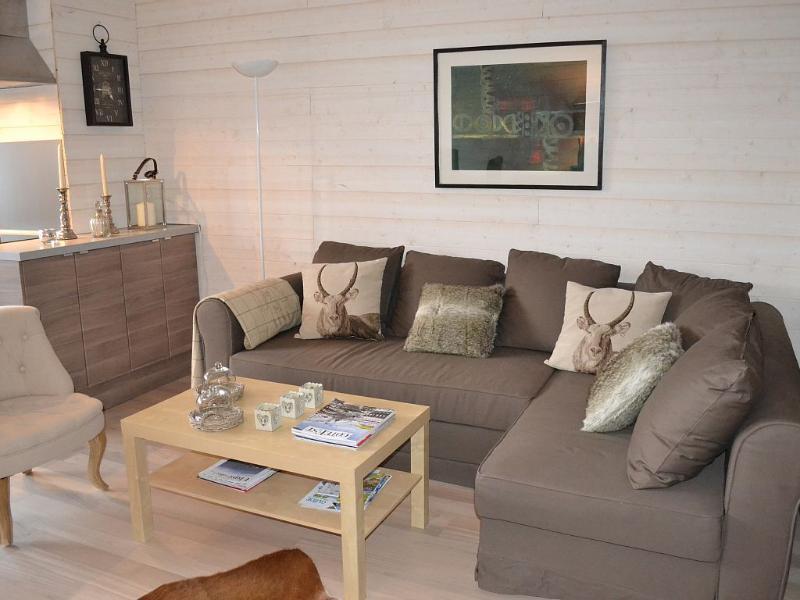Le canape d'angle pour se reposer, regarder la télé ou boire un 'drink'