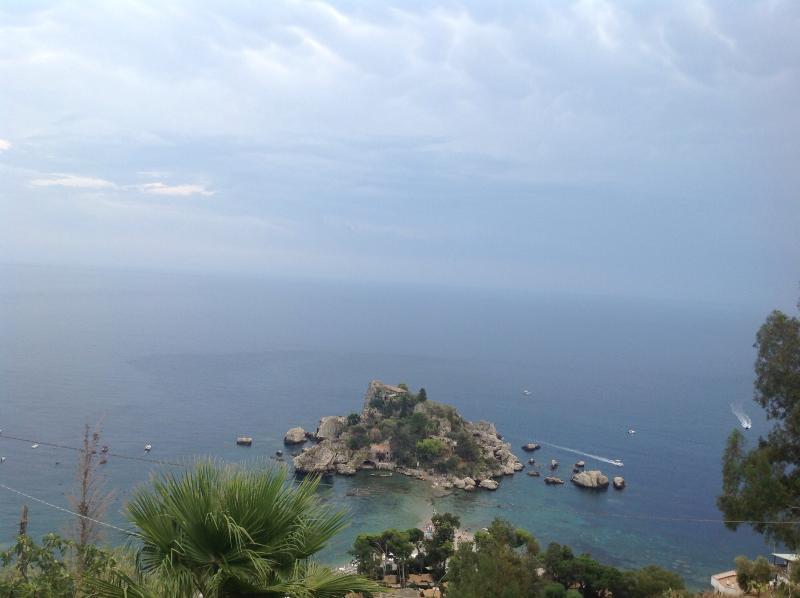 the view  villa con vista unica sull isolabella.a piedi si puo raggiungere il centro e la spiaggia