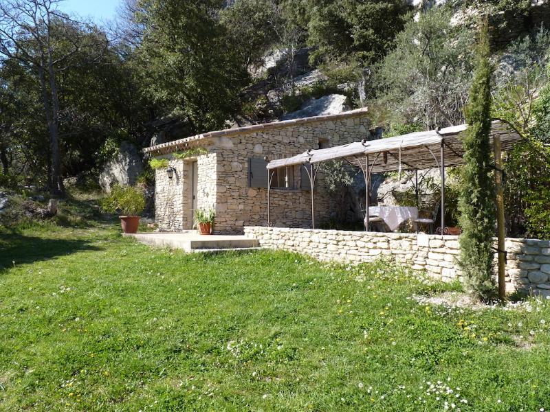 LA BAUMO 1  Ferienhaus / cottage / 2 Pers. / Hund, casa vacanza a Le Beaucet