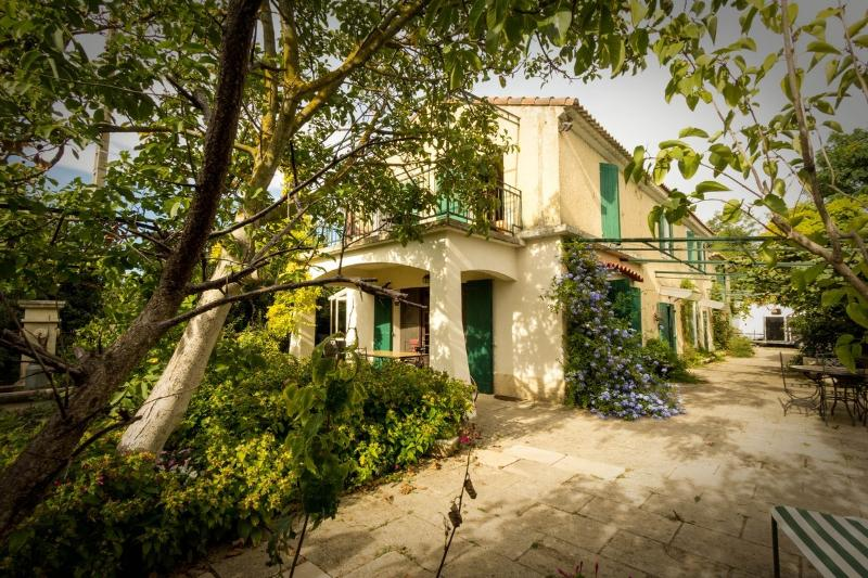 Mas Ballot, vacation rental in Le Sambuc