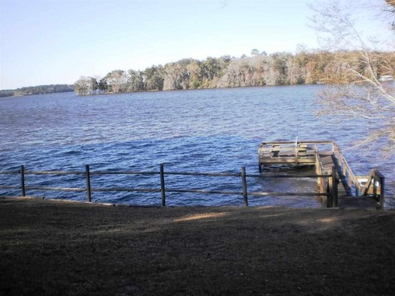 Chalet du lac Talquin directly on the lake avec la grande pêche à l'achigan.