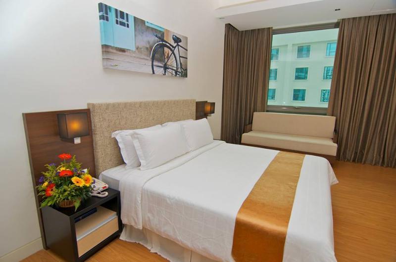 Luxurious apartment at Swiss Garden Residences, holiday rental in Kuala Lumpur