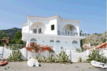 Villa Marinello, holiday rental in Oliveri
