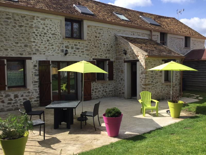 Escale Bel Air Maison, vacation rental in Janvry