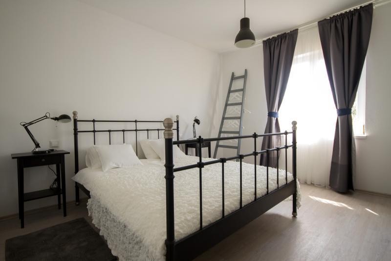 Villa Terra Petrosa - luxury 4* apartment Pasike, alquiler de vacaciones en Trogir