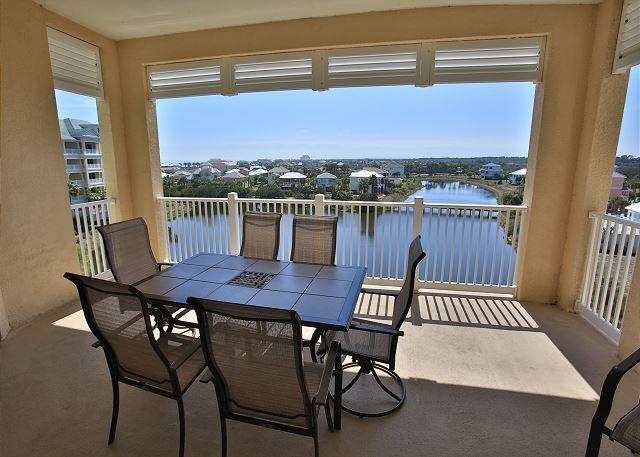 Cinnamon Beach 1154 !! Beautiful lake/nature views, steps to the beach!!, location de vacances à Palm Coast
