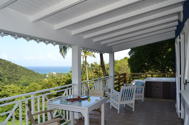 Terrasse bungalow azur
