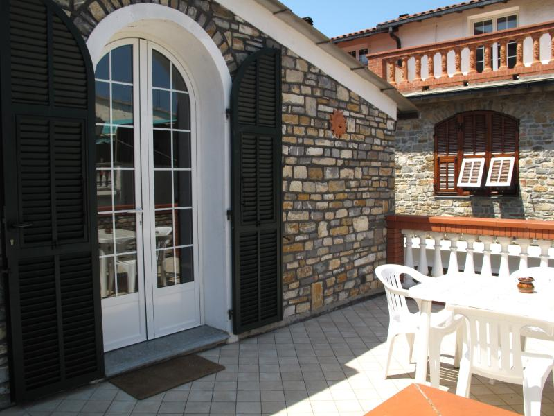Casa vacanze Agriturismo I Girasoli, holiday rental in Pontedassio