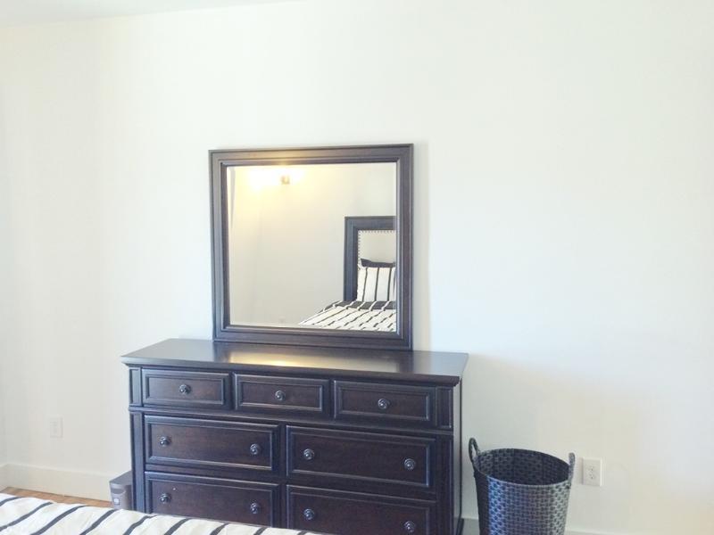 Dresser Room