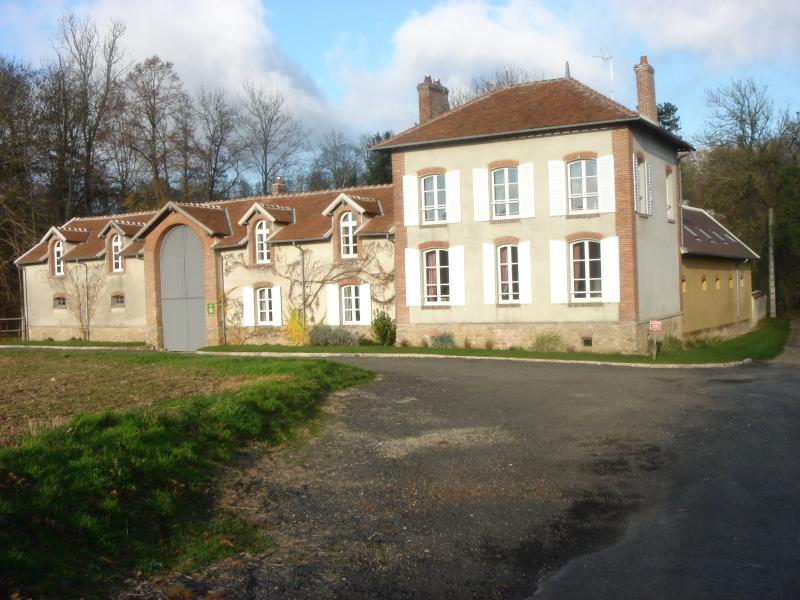 LE DOMAINE DU RU, holiday rental in Chailly-en-Brie