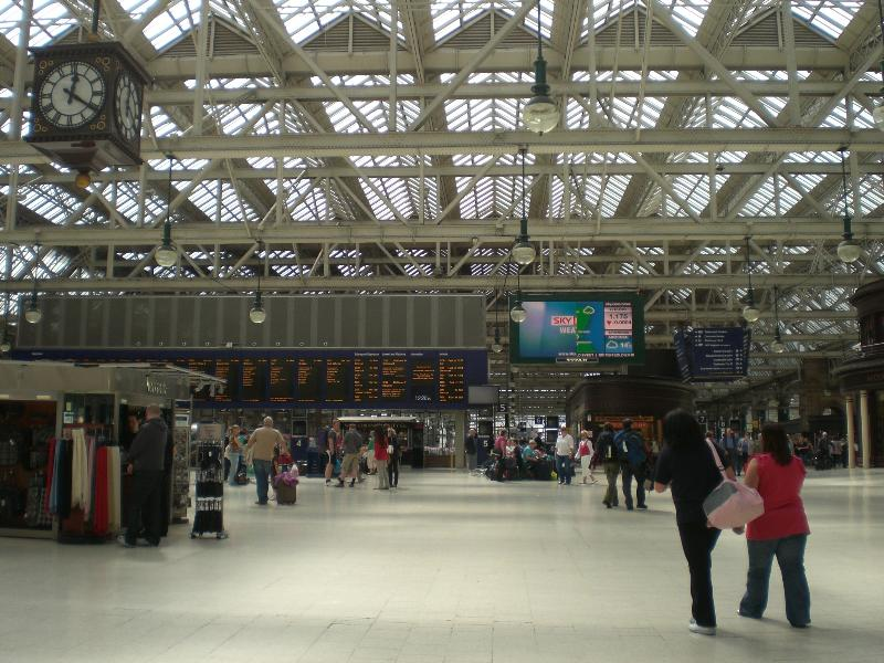 Central Station. 12 minutes walk.