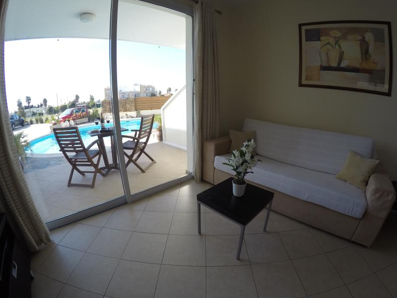 1-Bedroom Apartment, View to Pool