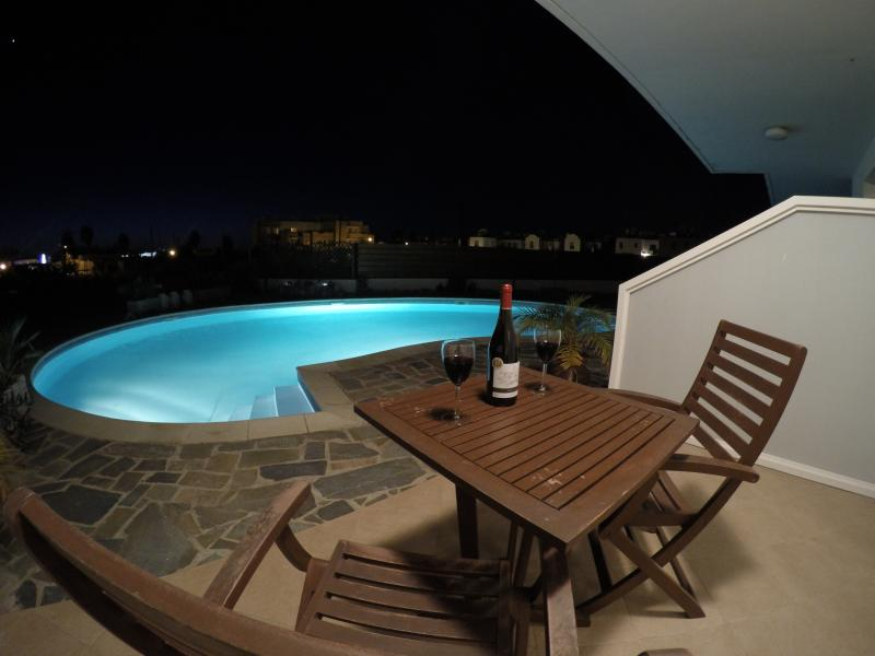 1-Bedroom Apartment, Private Terrace at Night