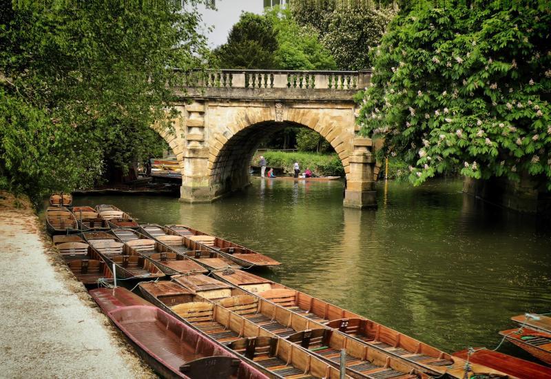Punting at Magdalen bridge