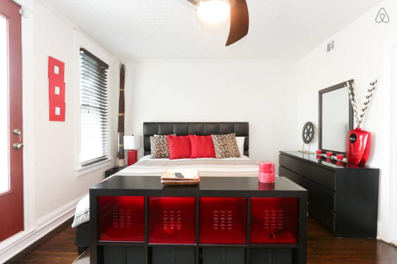 Master Bedroom - King Bed - Red Accent