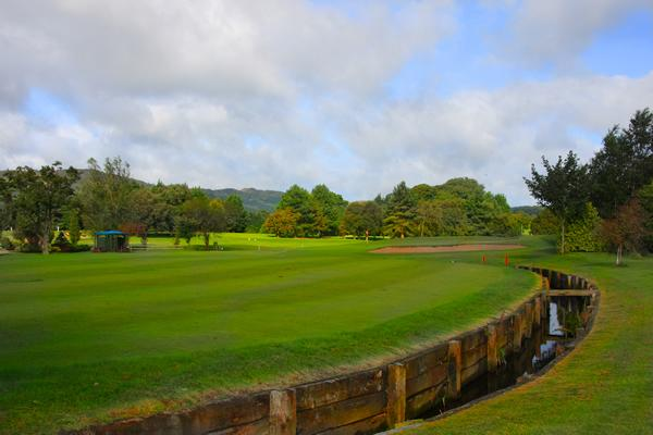 Warrenpoint Golf course within walking distance