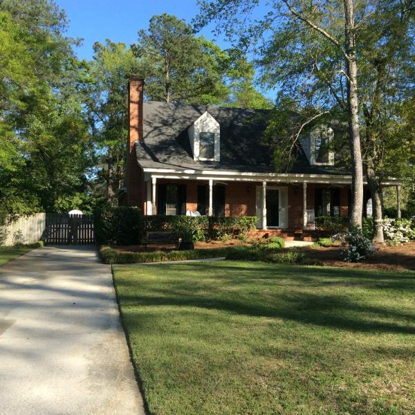 Augusta, GA Two bedroom suite upscale neighborhood, alquiler vacacional en Augusta
