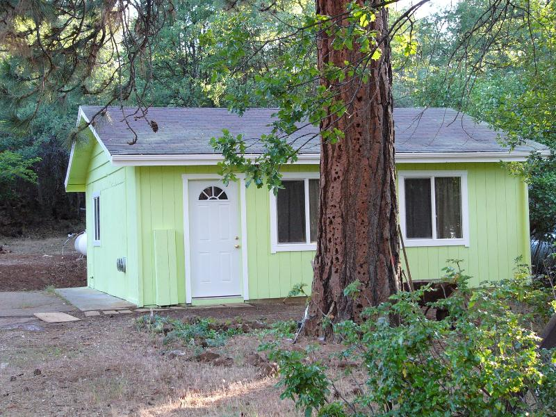 Pistachio House, vacation rental in Burney