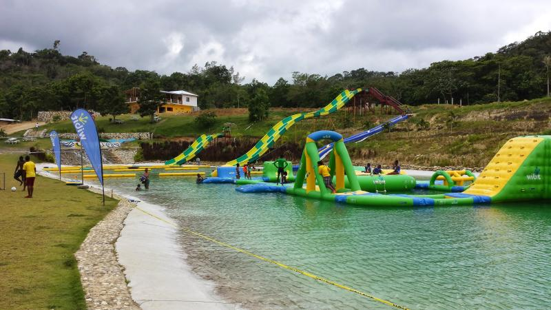 Tours To Water Park 10 Min away