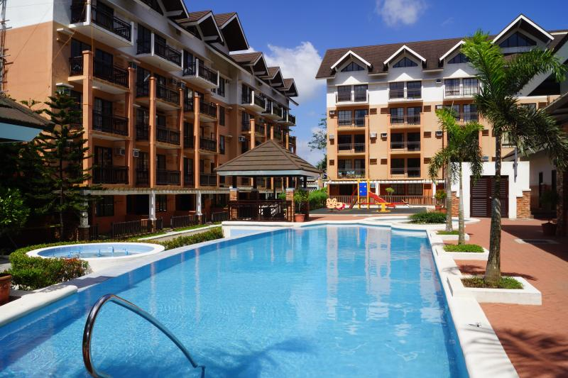 Tagaytay 1BR Condo Unit - Fully Furnished, holiday rental in Cavite Province