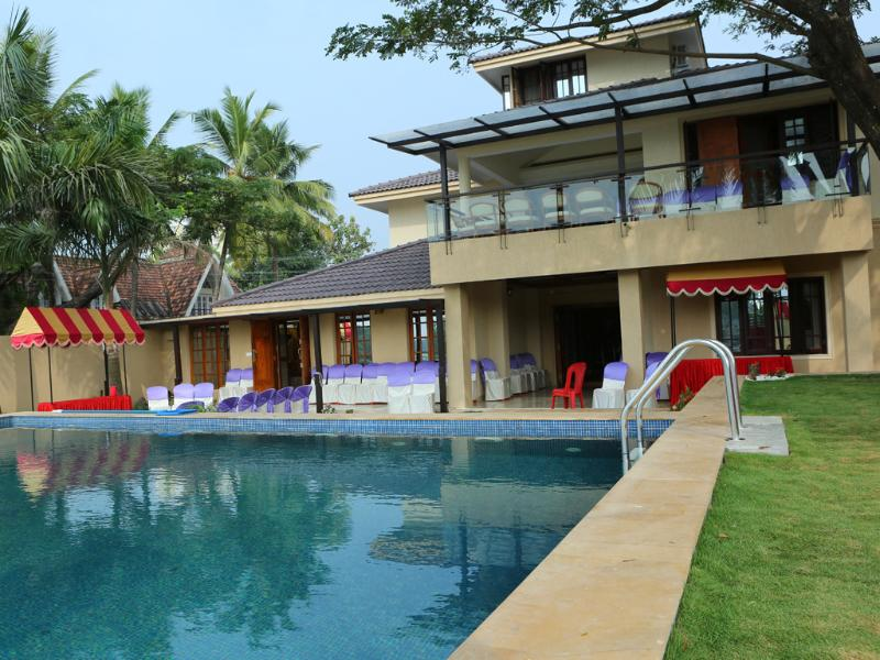 ARATT MANSION - A Waterfront Mansion, location de vacances à Cochin