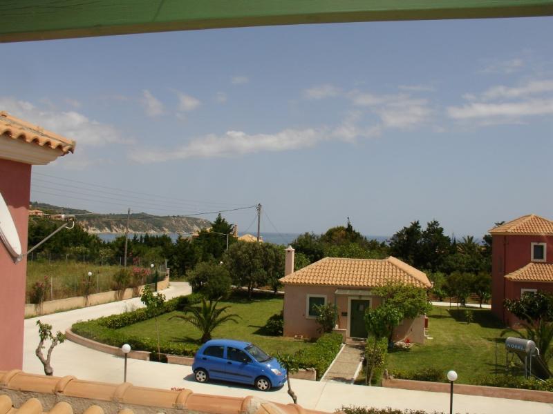 Monambeles Villa MARY - Quaet Holiday House, location de vacances à Agia Pelagia