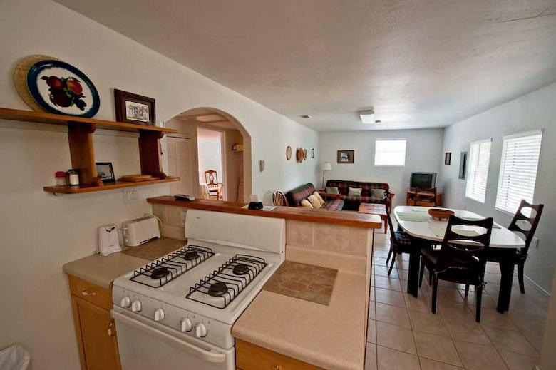 Large full Kitchen with lots of living room and dinning room area!