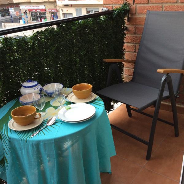 balcon con terraza pequeña