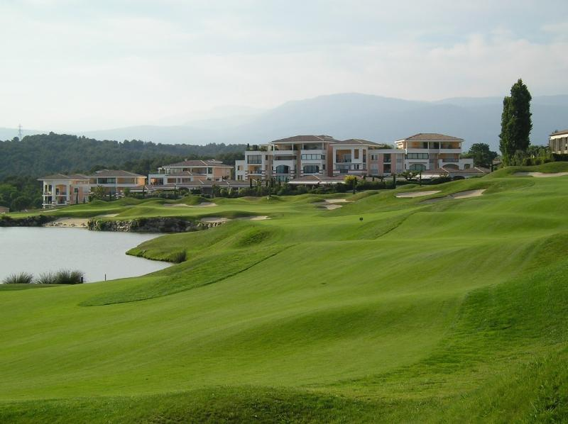 Le Village, le Royal Mougins Golf Resort