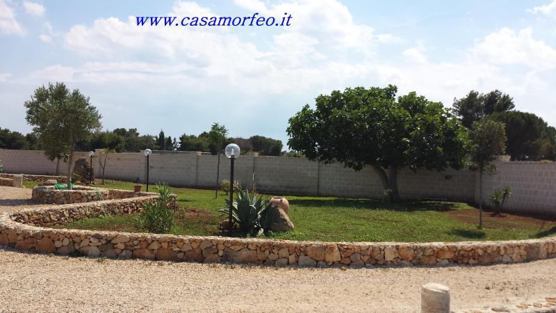La casa MORFEO è composta da due appartamenti: •APPARTAMENTO SOLE 70mq •APPARTAMENTO LUNA 45mq
