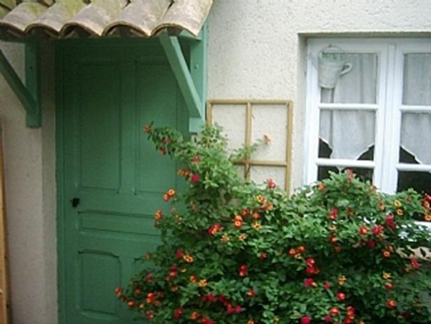 Cottage - Alpes-Maritimes - Sleeps 2, Ferienwohnung in Vence
