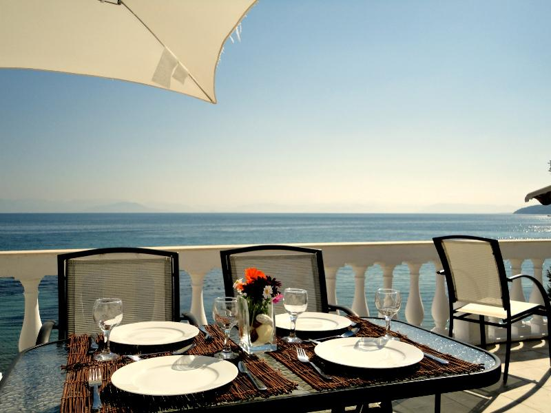 Outside dining with stunning sea views