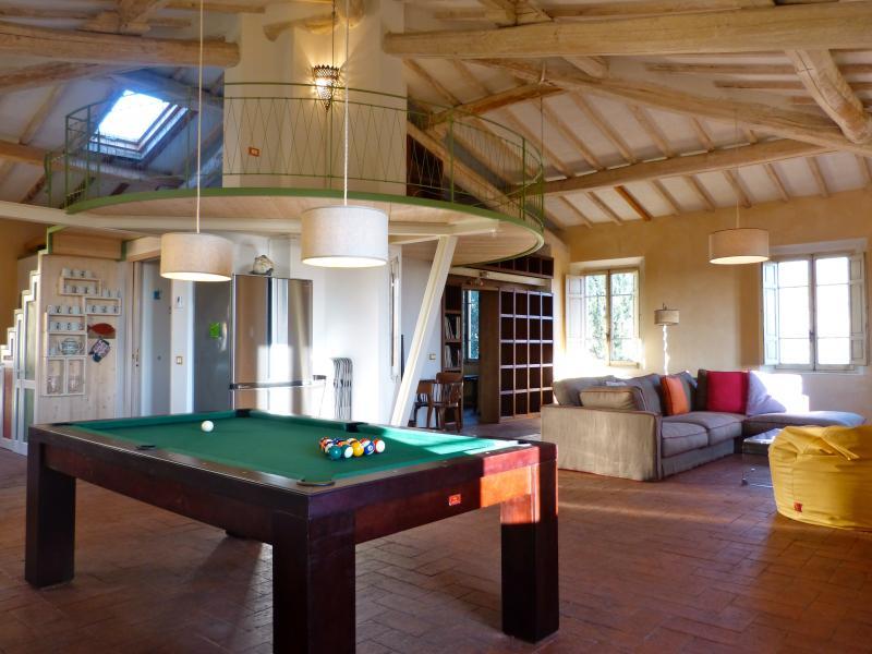Magazzini a rural loft in a historic villa surrond, location de vacances à Marti
