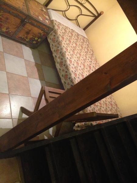 Under attik one single bed