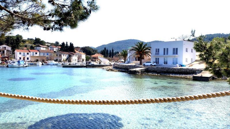Sea Reflection - Žman, Dugi Otok, Croatia, holiday rental in Dugi Island