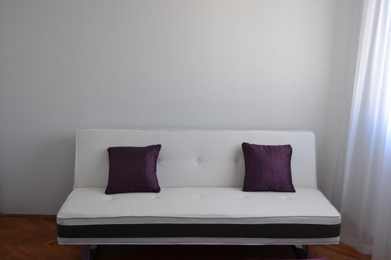 single sofa bed in room
