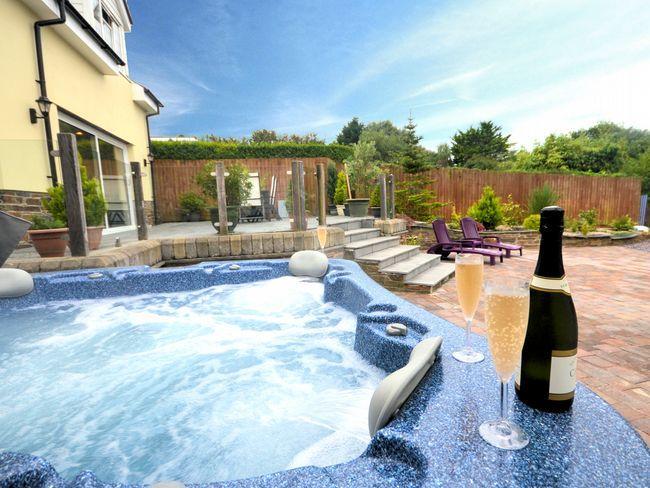 Relaxar na banheira de hidromassagem