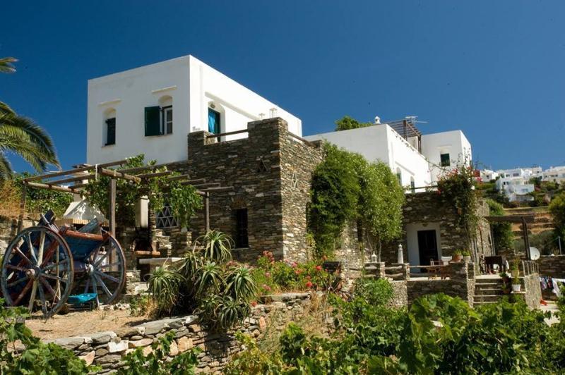 Apollon-Artemis Apartments / Artemis, alquiler vacacional en Sifnos