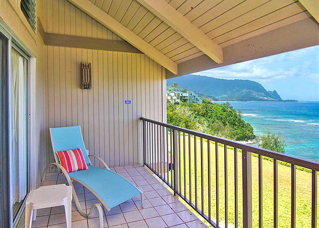 Pali Ke Kua #204: Ocean and Sunset views from your own private lanai..., alquiler de vacaciones en Princeville