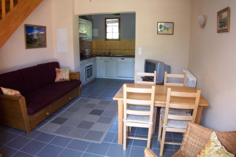 Le Soulor apartment living room