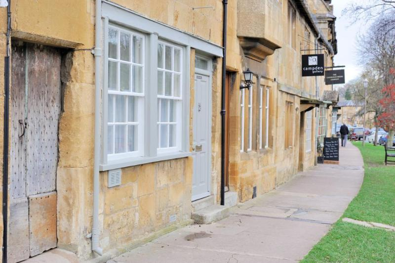 Looking up the High Street from the old doors that lead to the cottages
