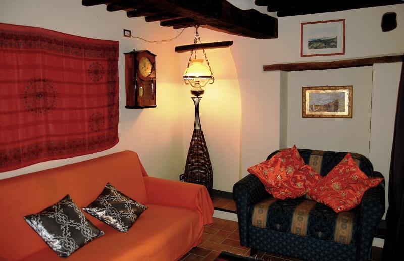 Il soggiorno con la sua comoda area di relax e conversazione