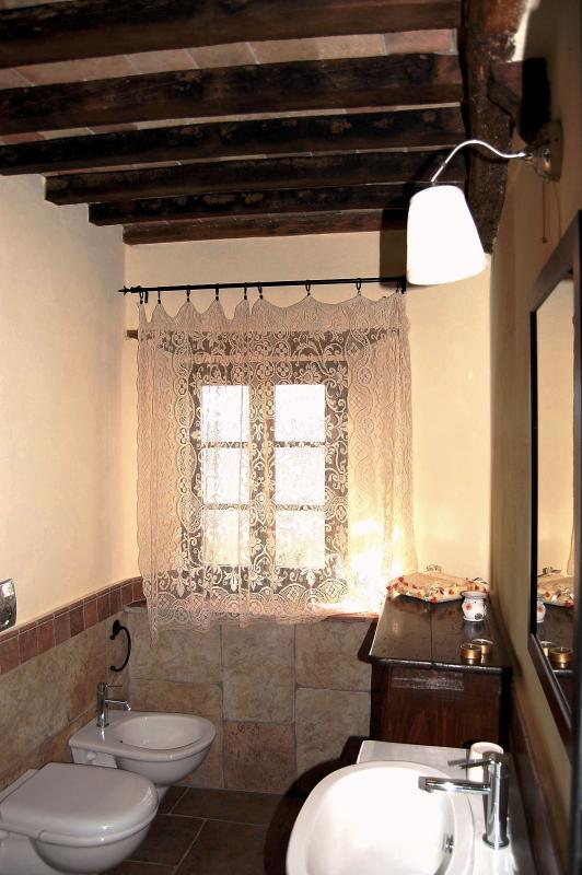 Il bagno principale della casa
